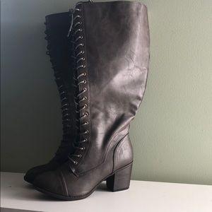 Torrid grey/brown boots